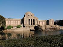 神宮絵画館